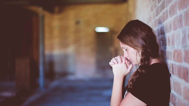 Cómo deben orar los cristianos de acuerdo con la voluntad de Dios