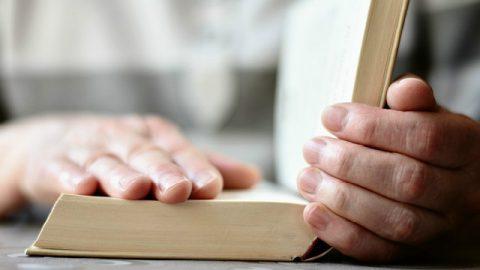 ¿Por qué deben orar, reunirse y leer la palabra de Dios para alcanzar la nueva vida, las personas que creen en Dios?
